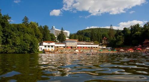 Prezentáció képekben: leírás, szállások, csomagajánlatok, programok, térkép, látványosságok Medve tó, Szováta Szállás