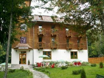 Pünkösd - Park Villa - Szováta