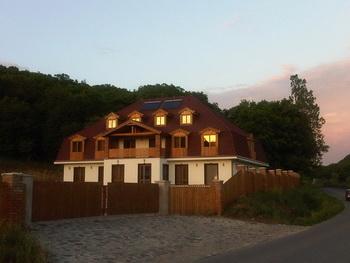 Bögözi szálláshely - Erdő Panzió - Bonta-szoros, szállás Hargita megyében, Erdélyben, Romániában