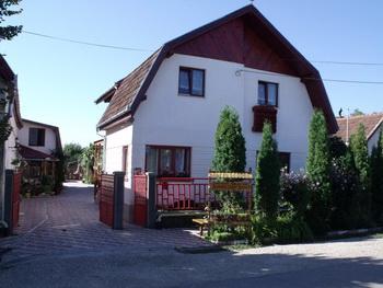 Szállás Csernakeresztúron: Nisztor Vendégház - Falusi Vendéglátás Csernakeresztúr - Hunyad megyei szállás