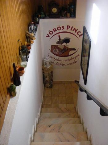 Szállás Kézdivásárhely - Vörös Panzió - Kovászna Megye, Háromszék