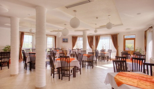 Cazare Nadaselu - Pensiune si Restaurant Armonia - Judetul Cluj