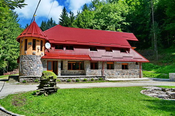 szállás sováta - Szováta szállásfoglalás - Mogyorós Villa **, szállás online Szovátán: Villa **