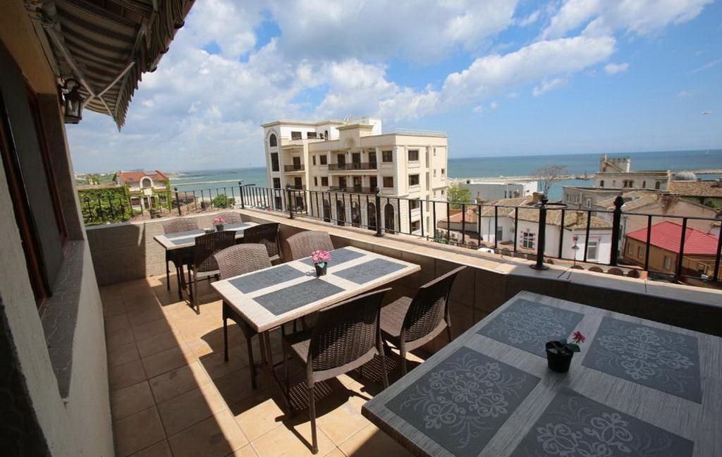 Cazare pe litoralul romanesc - Hotel Konstanta