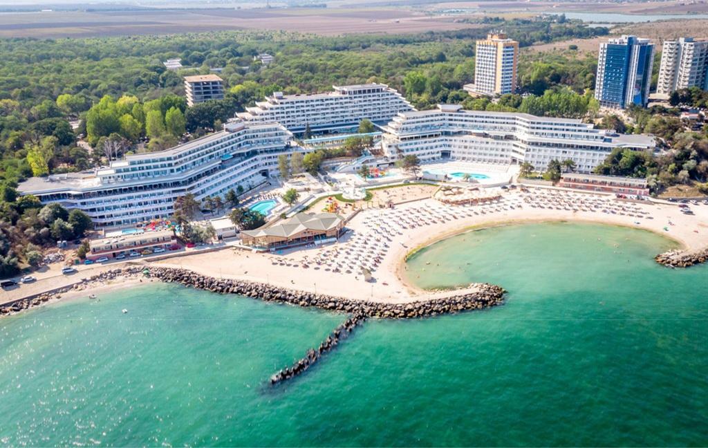 Cazare pe litoralul romanesc - Hotel Olimp - Neptun